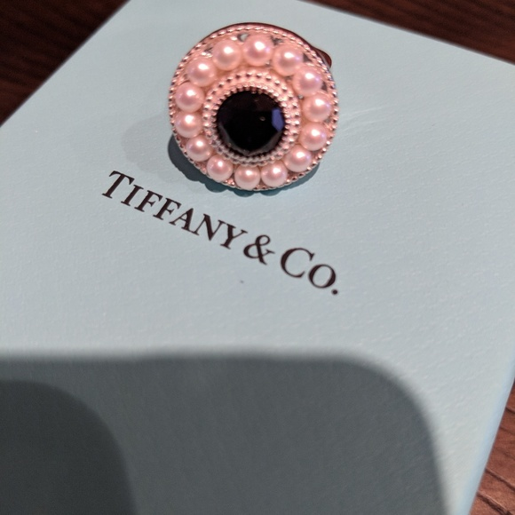 fea6054e4e727 Tiffany Ziegfeld Pearl and Black Onyx Ring